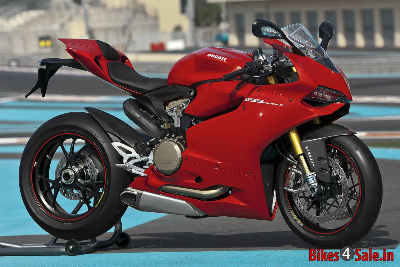 ducati superbike 1199 panigale wins red dot award bikes4sale. Black Bedroom Furniture Sets. Home Design Ideas