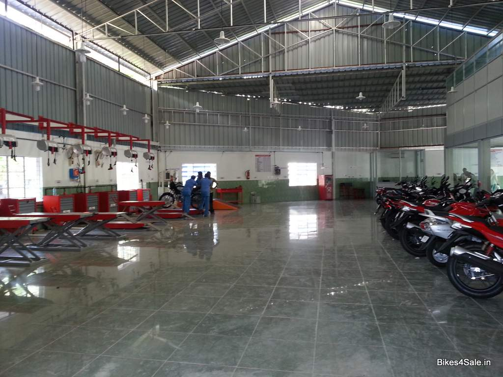 Melody opens india 39 s largest hero motocorp showroom in for Quality motors independence ks