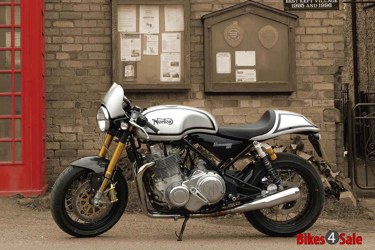 Norton Commando 961 Cafe Racer.jpeg
