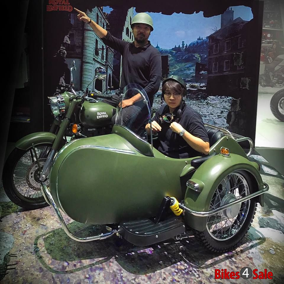 Royal Enfield Has Introduced The Classic Battle Green Side