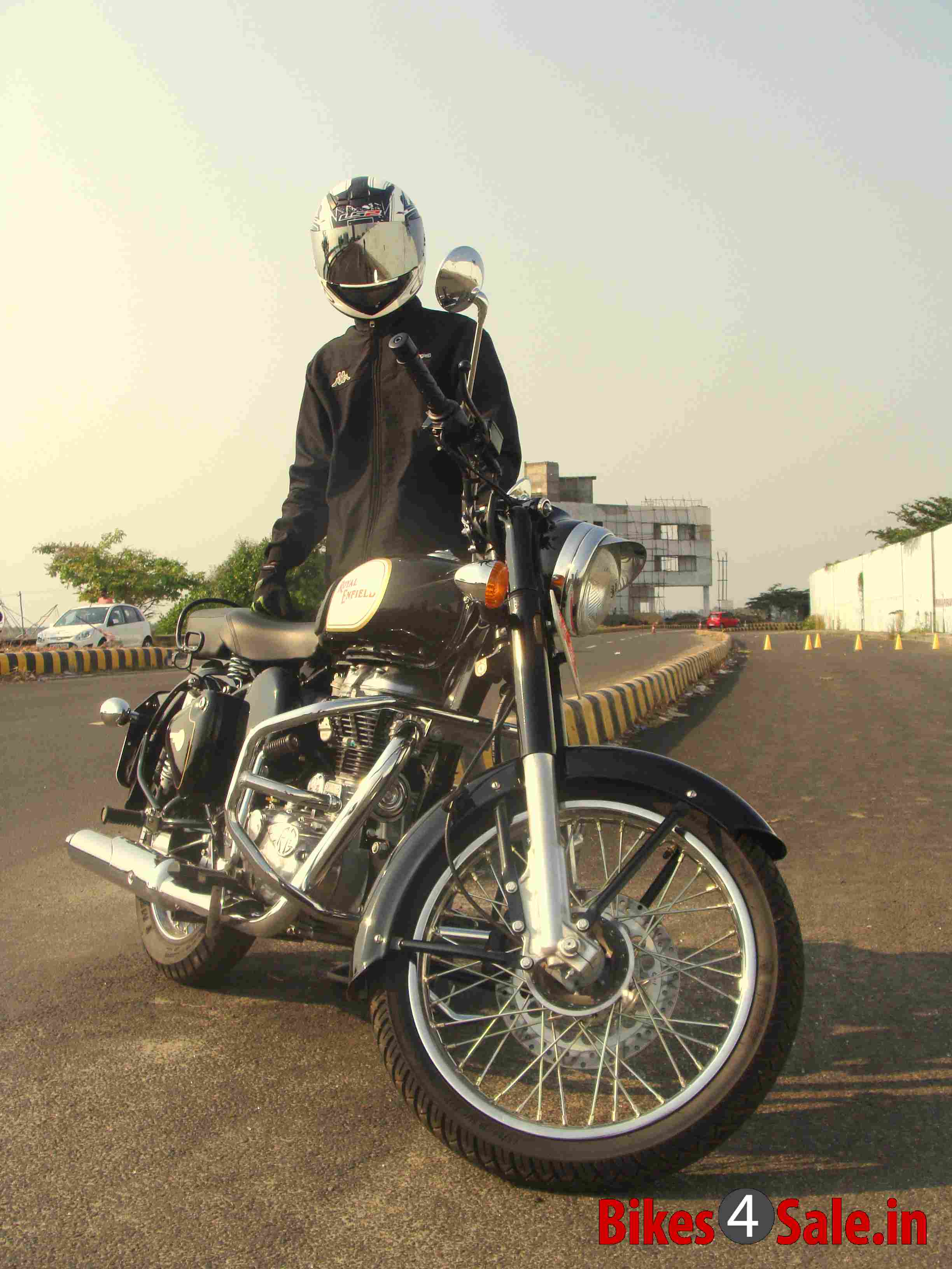 Royal Enfield Classic 350 User Review by Jose Gonsalo