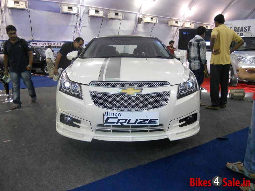 Chevrolet Cruze White Modified >> All New 2013 Chevrolet Cruze Limited Edition Picture Gallery - Bikes4Sale