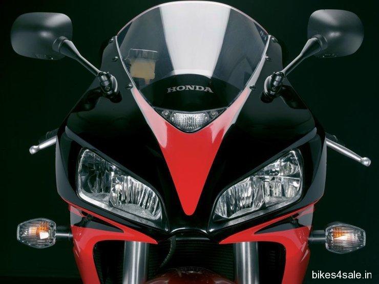 Honda CBR FireBlade Wallpaper