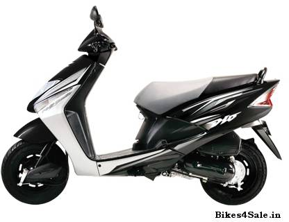 New Honda Dio 2012 for the youthful you - Bikes4Sale