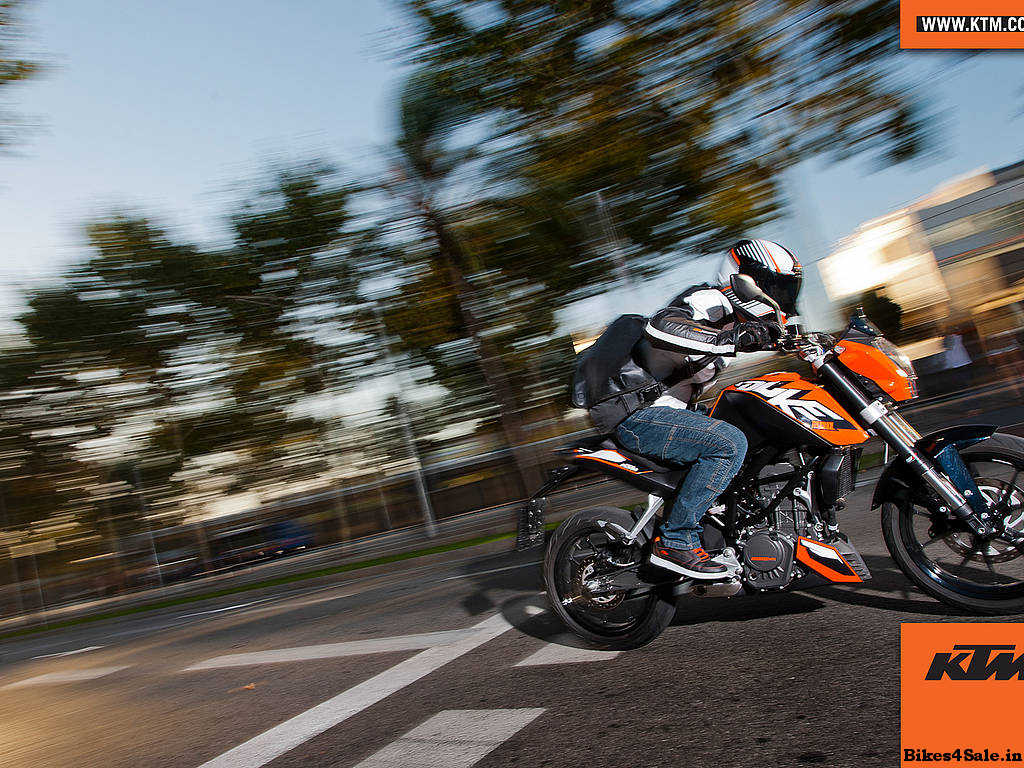 KTM Duke 200 Price, Specs, Mileage, Colours, Photos And