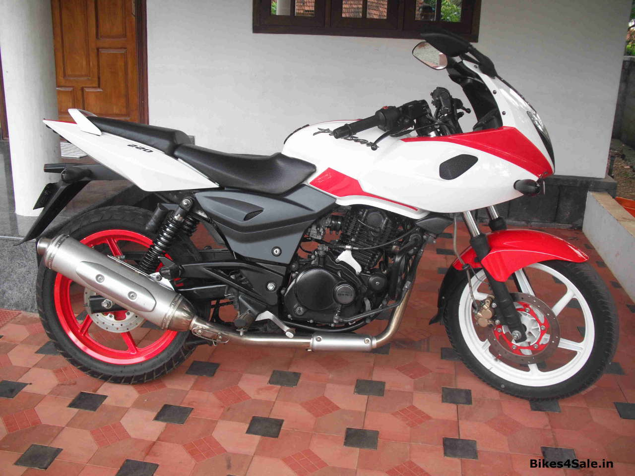 Modified Pulsar 220