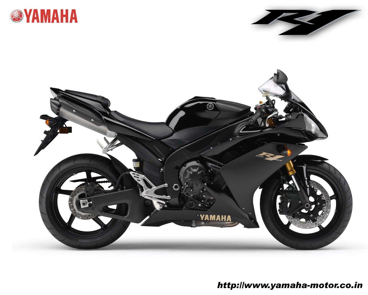 Yamaha YZF R1 Wallpaper